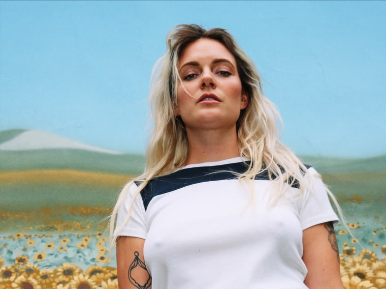 "Tove Lo and Alma team up for ""Bad As The Boys"""