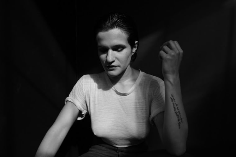 Big Thief's Adrianne Lenker announces new solo LP <i>abysskiss</i>