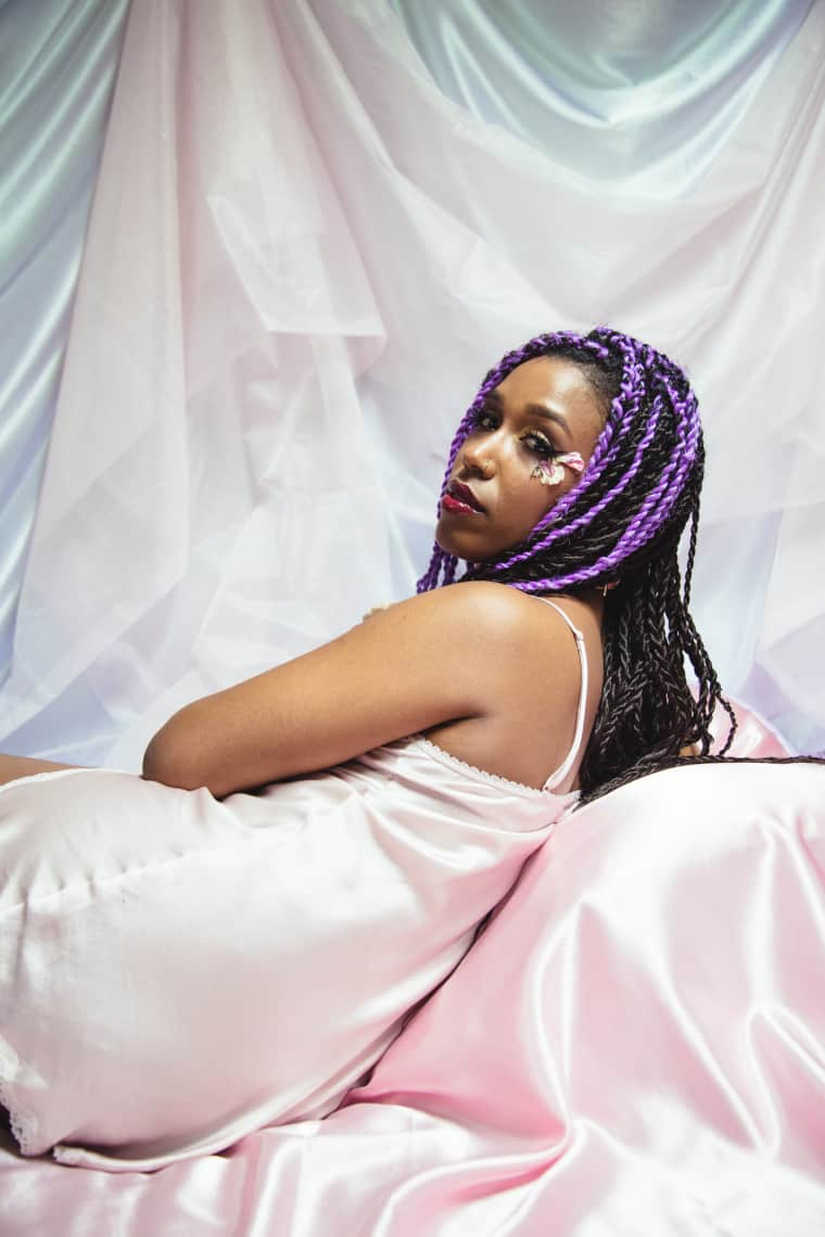 """Mhysa's """"Bb"""" Is A Sensual Meditation On The Healing Power Of R&B"""
