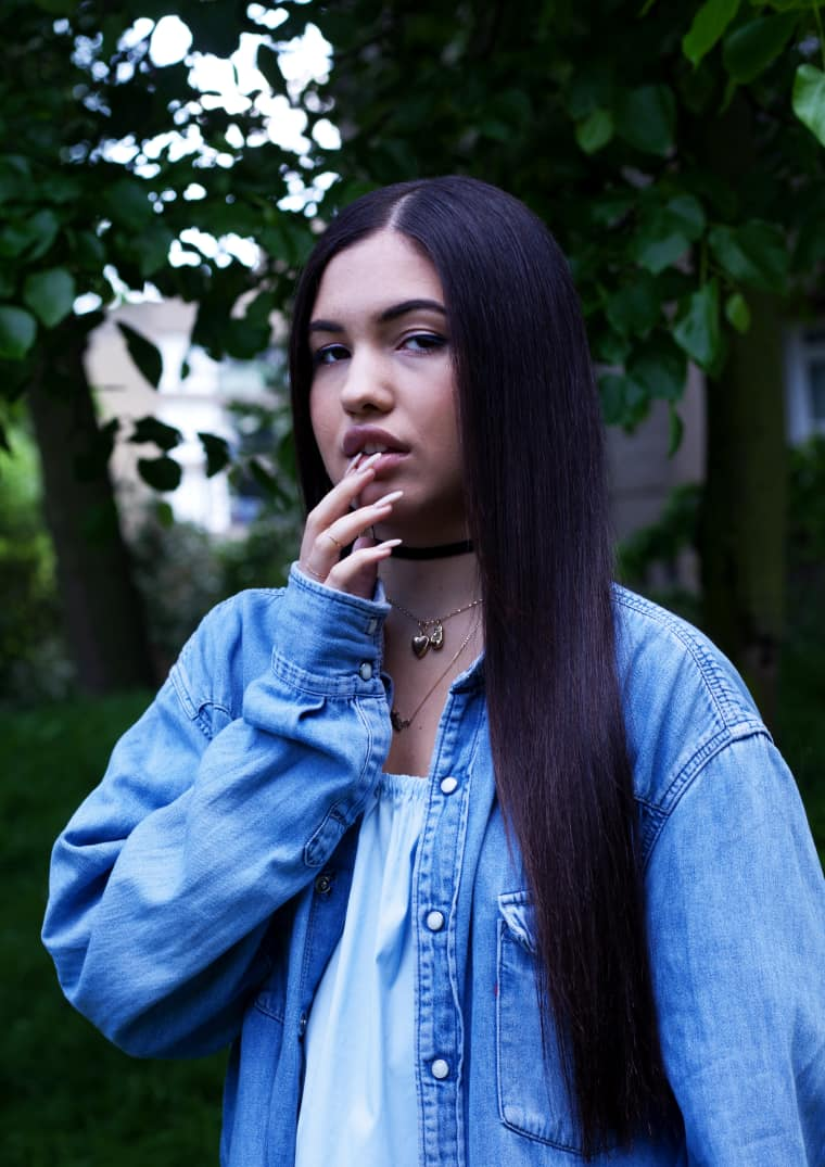 Mabel Is Neneh Cherry's Daughter, But She's Finding Her Own R&B Groove