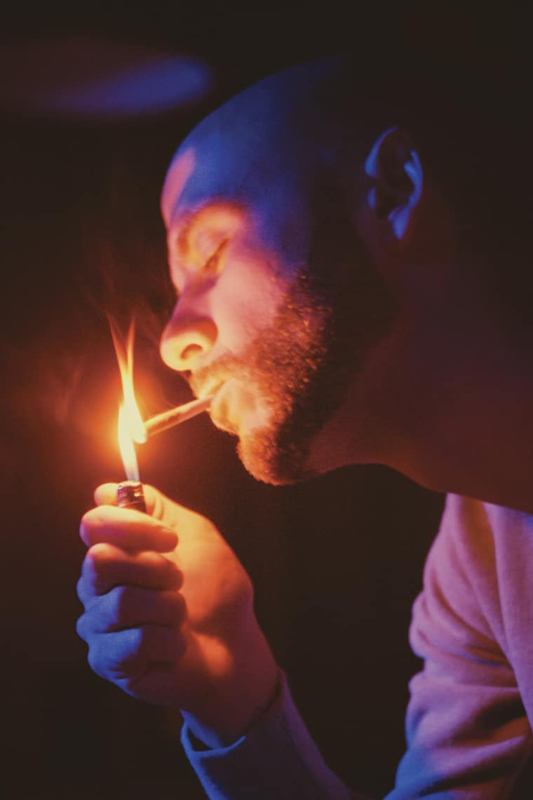 These Gorgeous Photos Show How Some Of Our Favorite Artists Smoke Up